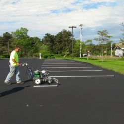 Choosing the Best Provider and Schedule for Your Parking Lot Maintenance