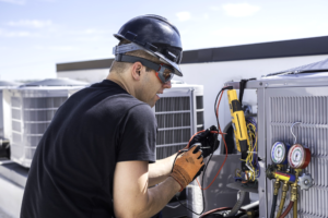 Becoming an HVAC Tech: What You Should Know
